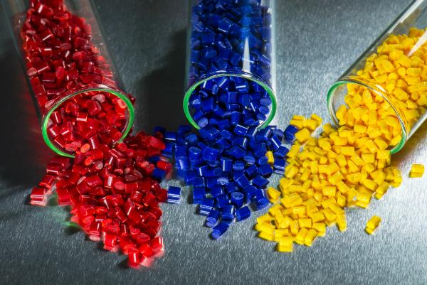 Elektrostatische Entladung in der Kunststoffindustrie