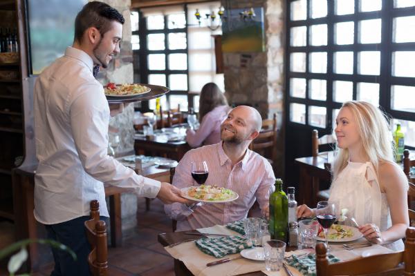 Mit einem Luftreiniger das Raumklima in Restaurants und Gaststaetten verbessern