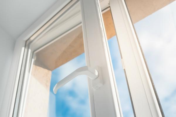 Hygrometer nicht in der Naehe von Fenstern aufstellen