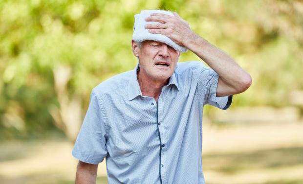 Schwindel und Kopfschmerzen als Folge von zu schwülem Wetter