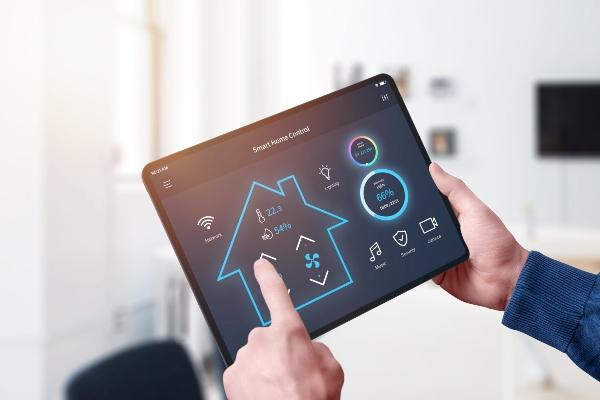 smart-home-control-system-app