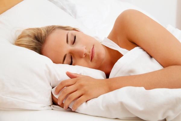 schlaf-erholung-bett-erkaeltung