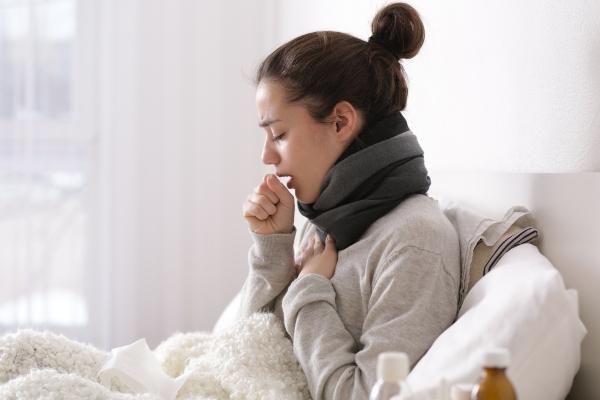 trockener-husten-luftfeuchtigkeit-erkaeltung